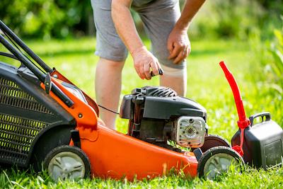 benzine tanken grasmaaier